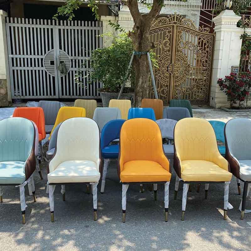 Ghế ăn Monet có tay mặt ghế bọc đệm da PU GA600