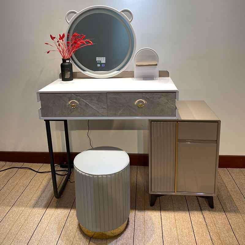 Combo bàn trang điểm nhập khẩu, gương đèn LED tai thỏ BP259