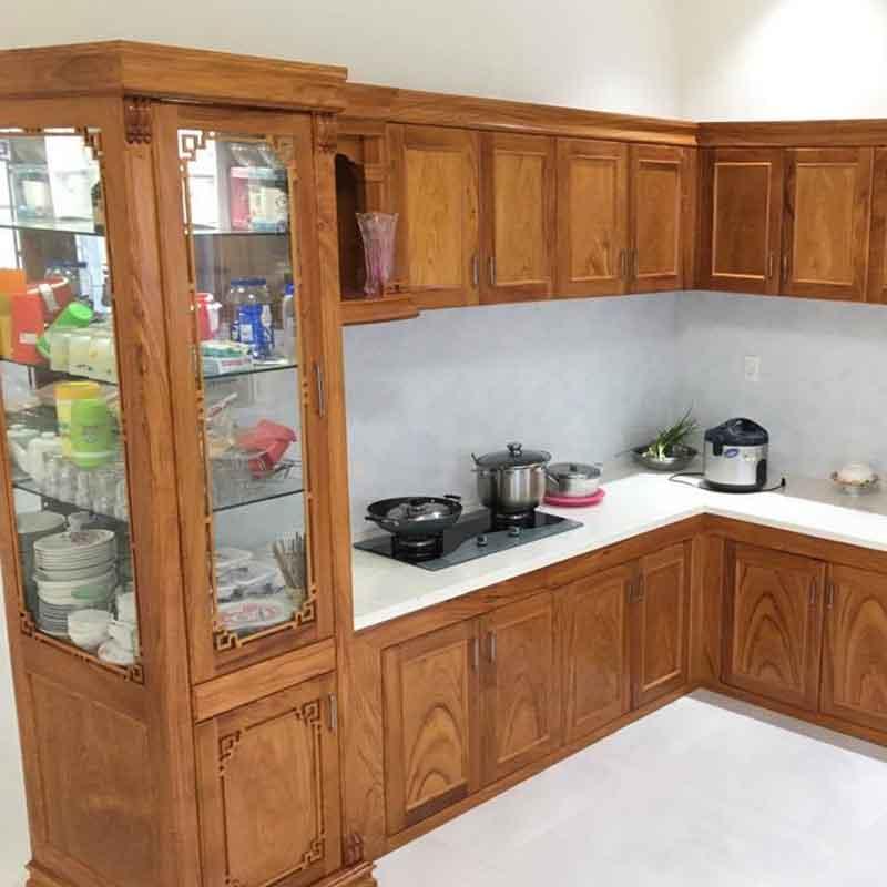 Tủ bếp gỗ gõ đỏ tự nhiên thiết kế hình chữ L TB558
