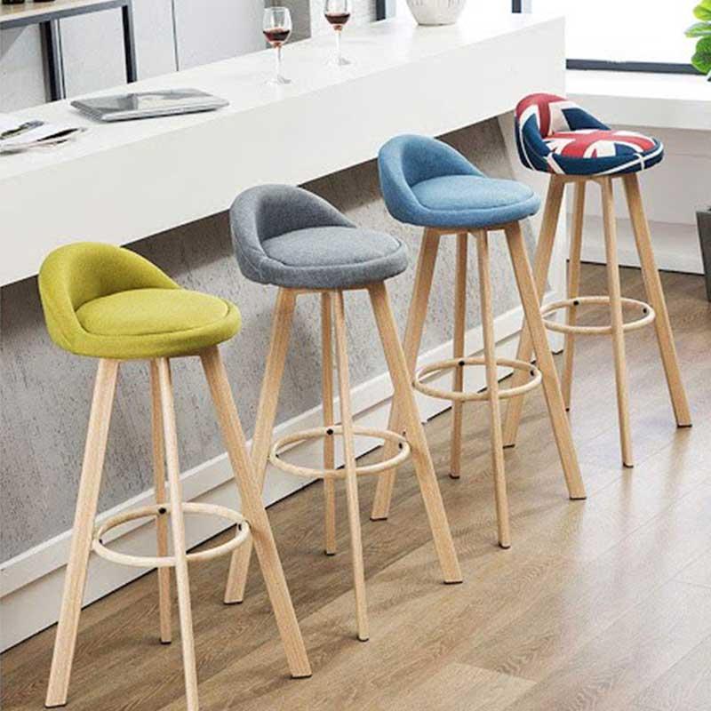 Ghế Ghina Bar mặt ghế hình ốc chân gỗ tự nhiên GB225