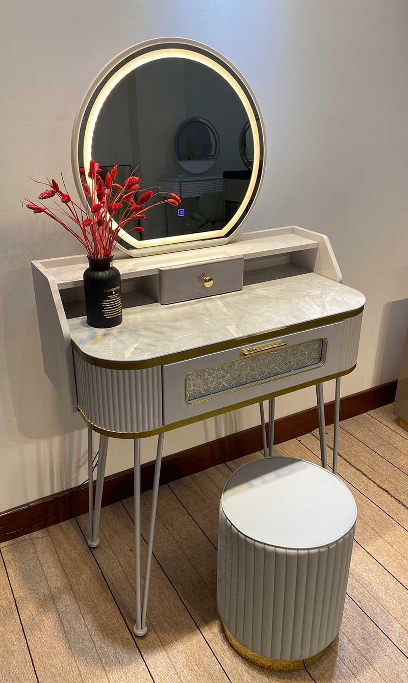 Bàn make up 1 ngăn kéo kết hợp ghế đôn, gương LED B599