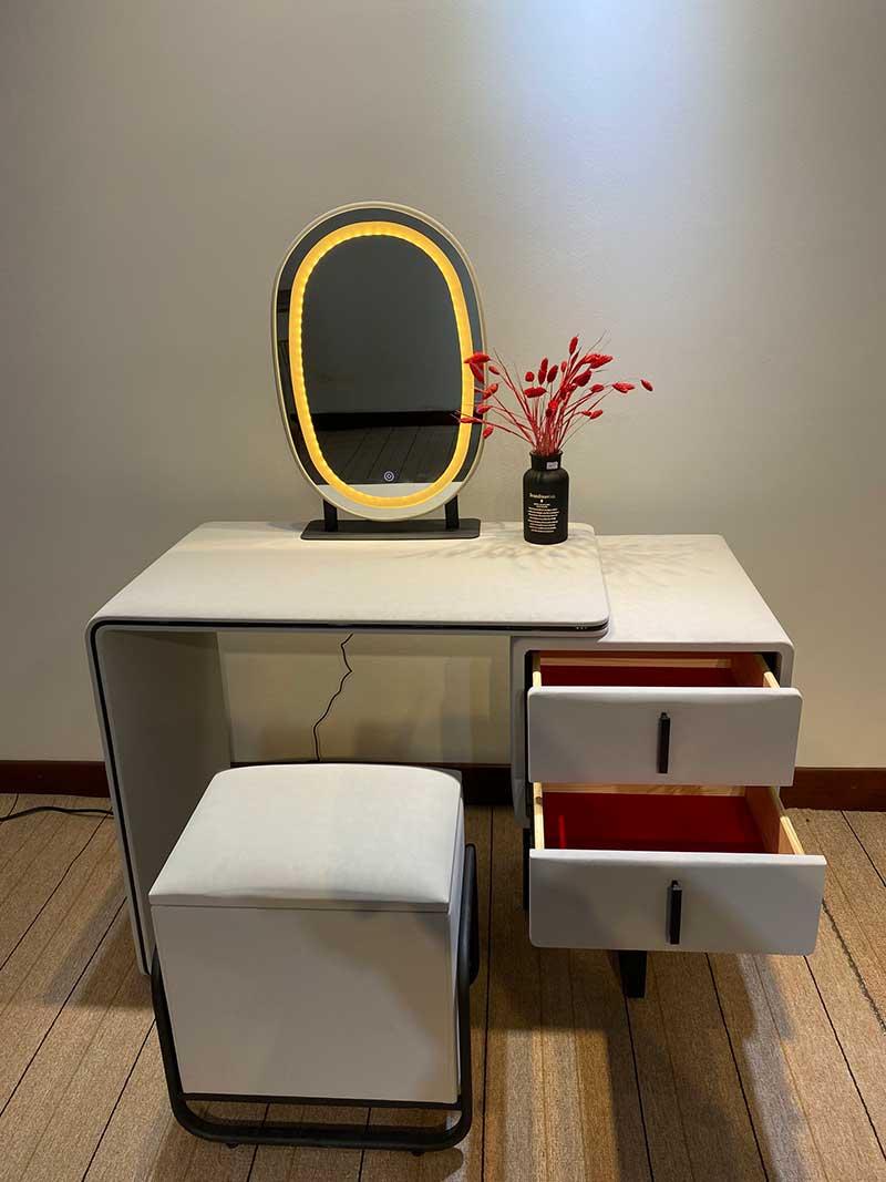 Bộ bàn ghế trang điểm chuyên nghiệp cho các nàng BP223