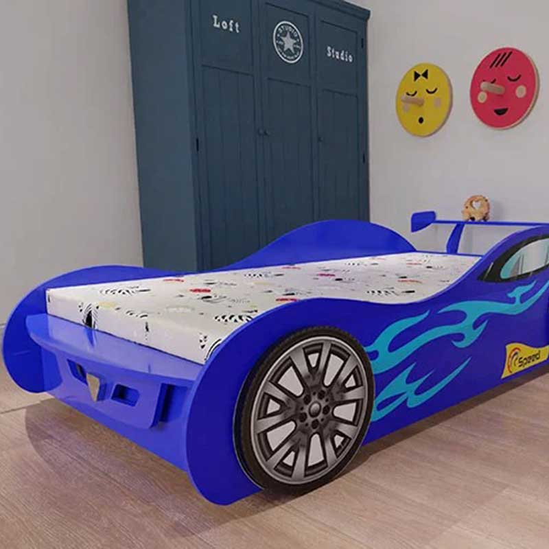 Giường ngủ hình xe ô tô đua cho bé trai GN866