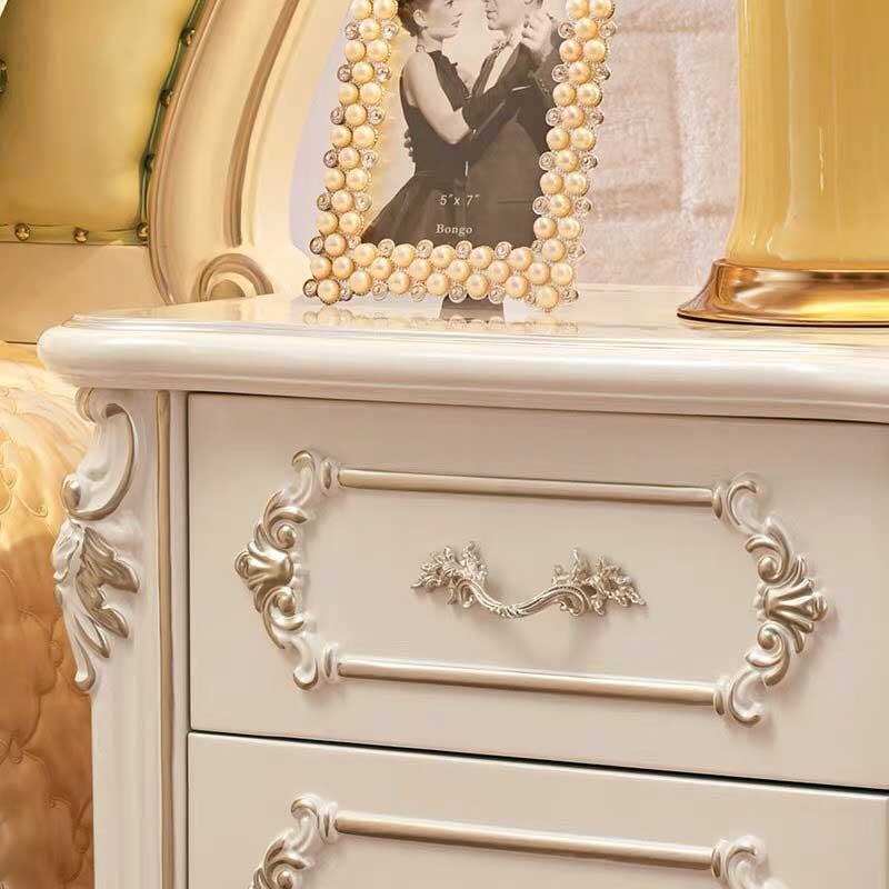 Tab đầu giường tân cổ điển màu trắng sang trọng TA562
