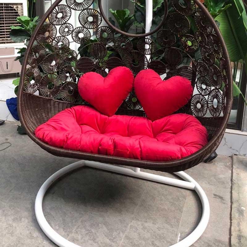 Ghế xích đu đôi 2 chỗ ngồi đan hoa mai màu nâu XD561